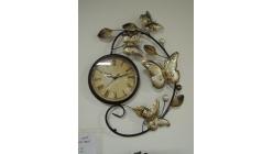 Nové hodiny velcí motýli