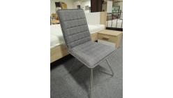 Nová šedá židle čtverečky