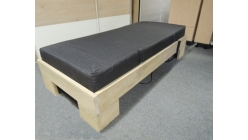 Nová postel akát jednolůžko