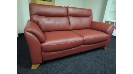 Nový červený gauč kůže stylový