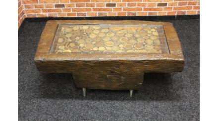 Nový stylový konferenční stolek kmen