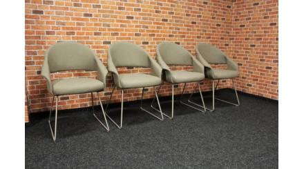 Nová 4x půlkulatá hnědá židle