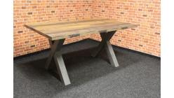 Nový stylový strakatý jídelní stůl kříže