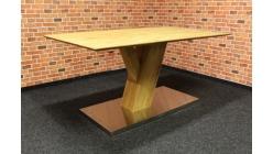 Nový jídelní stůl masiv dub šikmá noha