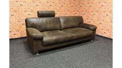 Stylový hnědý gauč wintage s opěrkou