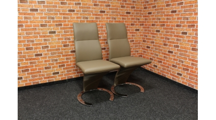 Nová 2x hnědá židle podkova