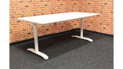 Nový bílý psací stůl zvedací