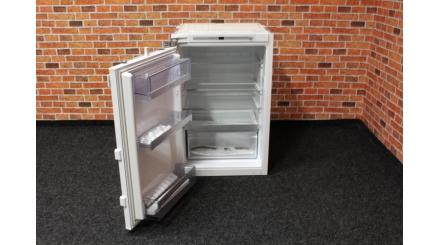 Nová vestavná chladnička NEFF 144