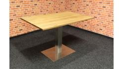Nový jídelní stůl FERRY masiv dub