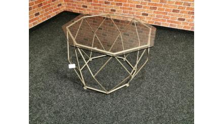 Nový drátěný konferenční stolek URBAN