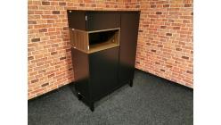 Nová černohnědá skříňka CASE