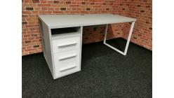 Nový šedobílý psací stůl SIEG