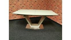 Nový jídelní stůl písková barva UNO