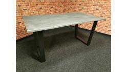 Nový masiv jídelní stůl ALABRIA šedý